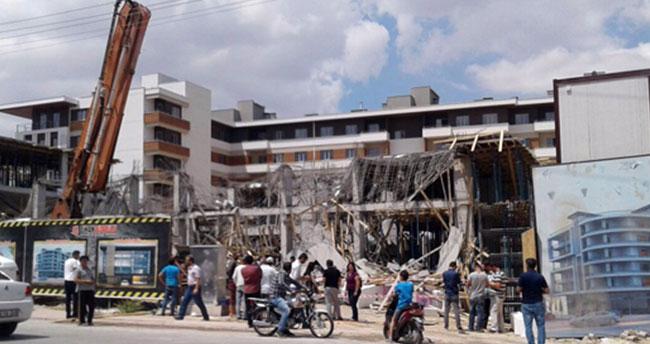 Konya'da inşaatta göçük!
