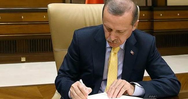 Cumhurbaşkanı Erdoğan'dan 10 imza birden!