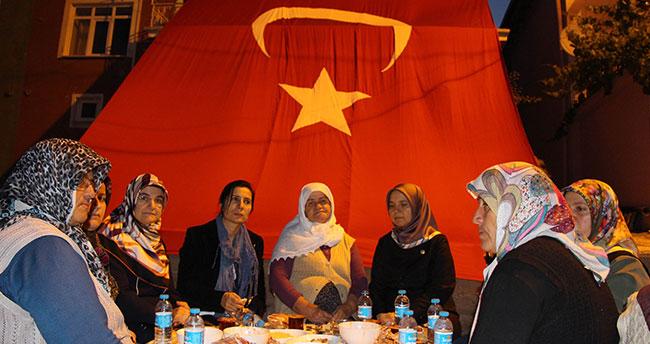 Milletvekili Erdoğan şehit ailesiyle iftar yaptı