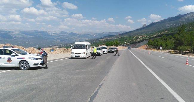 Karaman'da jandarmadan bayram uygulaması
