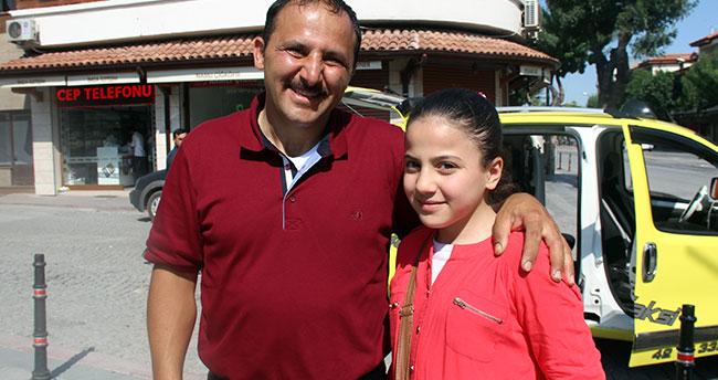 Suriyeli aile 10 yaşındaki kızını otobüste unuttu