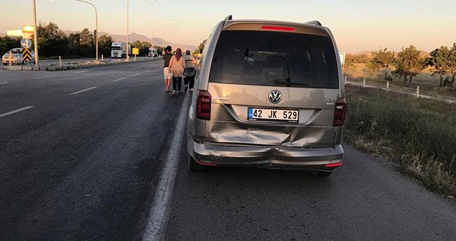 Konya'da kalp krizi geçiren sürücü 4 araca çarptı : 10 yaralı
