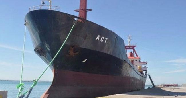 Türk Bayraklı gemiye Yunan Sahil Güvenliği ateş açtı
