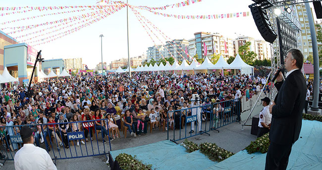 Başkan Akyürek Konya Çocuk Festivali'nde çocuklarla buluştu