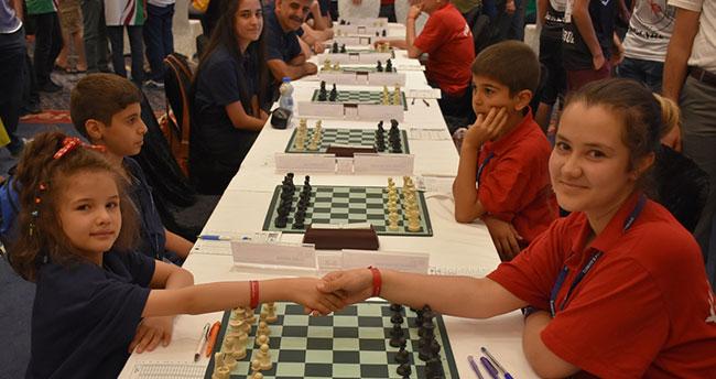 Türkiye Satranç 1. Ligi müsabakaları Konya'da başladı