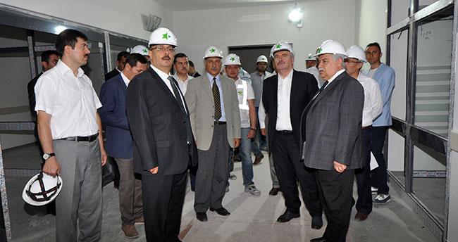 Konya protokolü Meram Tıp Fakültesi Hastanesini inceledi