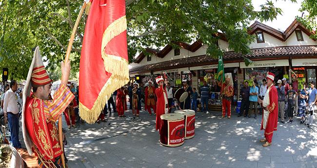 Konya'da mehter konserleri ilgi görüyor