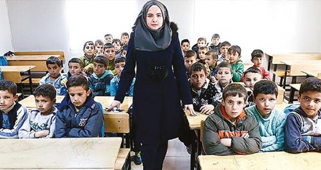 İlk kimliği Suriyeli öğretmenler alacak