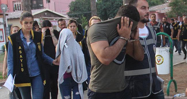 Eskort sitesi operasyonunda İzdivaç programına katılan genç gözaltına alındı