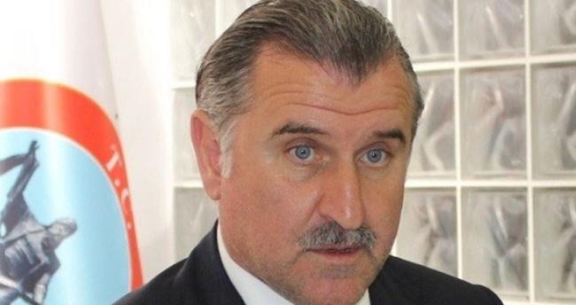 Bakan Bak'tan 'yabancı sınırlaması' açıklaması