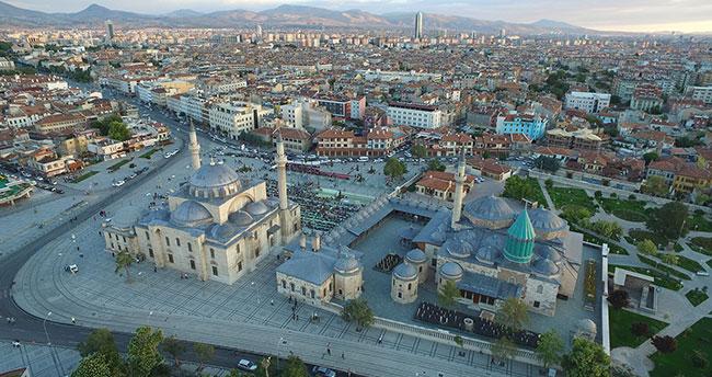"""""""FİJET Altın Elma"""" törenle Konya'ya verilecek"""