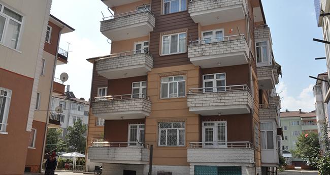 Konya'da 3. kattan düşen bebek ağır yaralandı