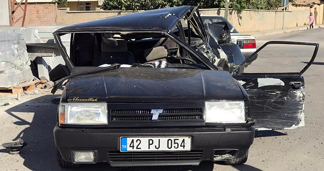 Konya'da polisten kaçan ehliyetsiz sürücü kaza yapınca yakalandı