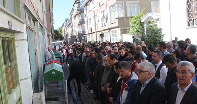 Feci kazada ölen 4 kişi Konya'da toprağa verildi!