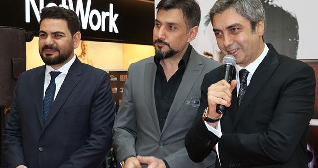 Kurtlar Vadisi oyuncuları Konya'da hayranlarıyla buluştu