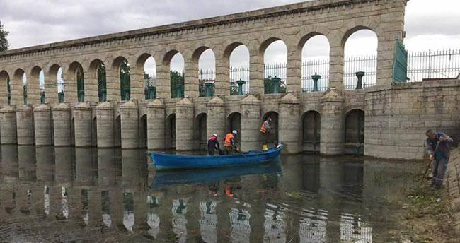 Beyşehir'in göl sahilinde temizlik çalışmaları