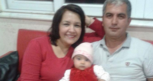 Cinnet getiren baba, eşiyle kızını öldürdü