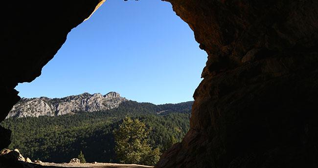 """Torosların """"mağara cenneti"""" Çamlık"""