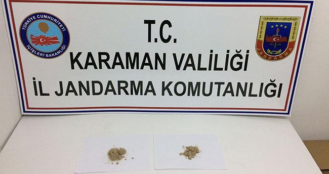 Konya'dan Karaman'a giden yolcu otobüsündeki iki yolcuda eroin ele geçirdi