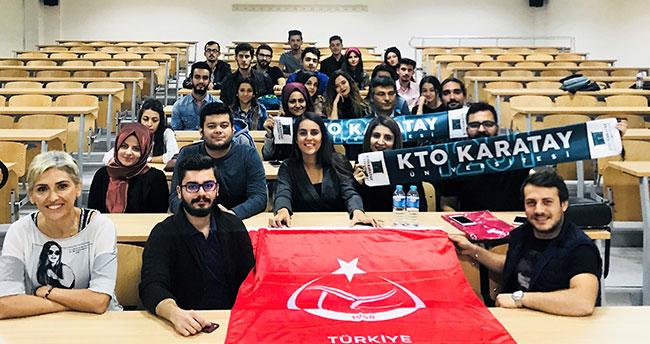 """Türkiye'de ilk kez üniversitelerde """"Voleybol hakemliği"""" dersi verilmeye başlandı"""