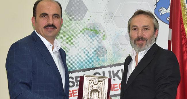 Cevat Olçok üniversite öğrencilerine siyasal iletişimi anlattı