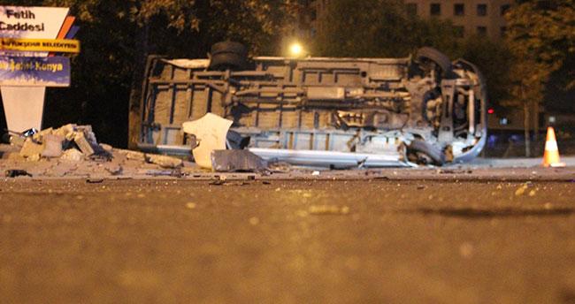 Konya'da alkollü sürücü midibüse çarptı