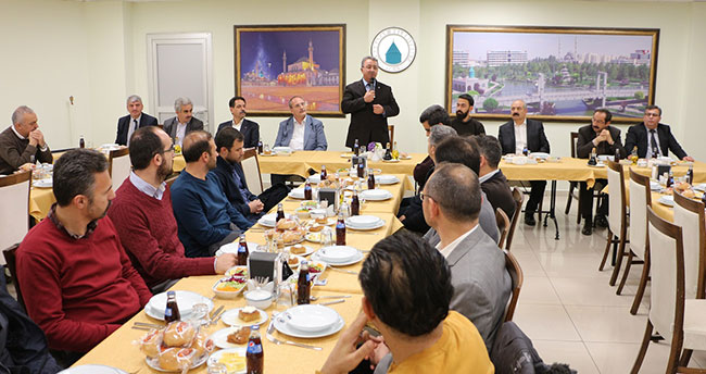 Başkan Hançerli öğretmenlerle yemekte buluştu