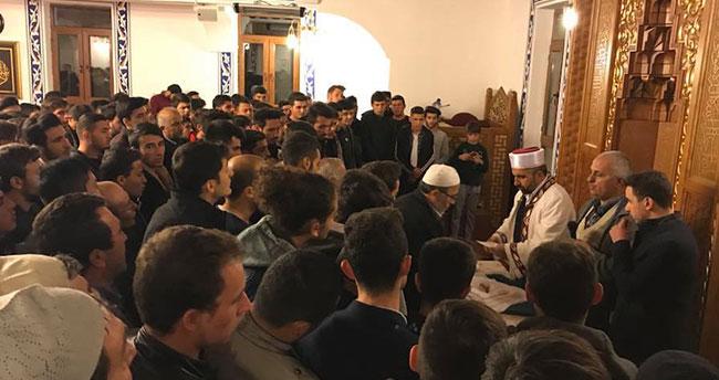Sakal-ı Şerif camide ziyarete açıldı