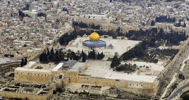 Mescid-i Aksa'ya Yahudi baskını!