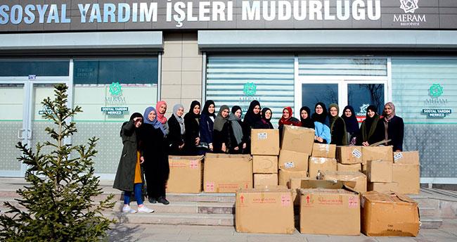 Giysi kampanyasına öğrencilerden destek