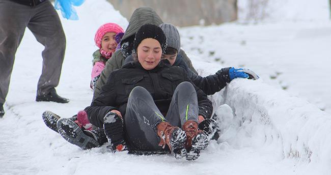 Beyşehir Gölü'nde avlanmaya kar molası