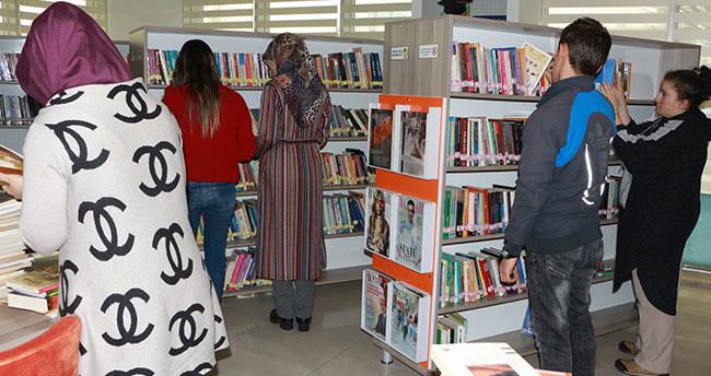Karatay halk kütüphanesi'ne yoğun ilgi