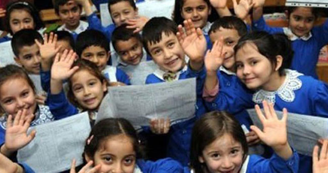 Milli Eğitim Bakanı İsmet Yılmaz'dan öğrencilere sömestr tatili müjdesi!
