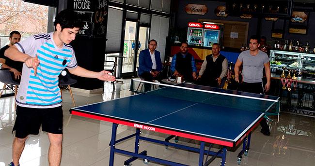 Rabia Spor Merkezinde masa tenisi heyecanı