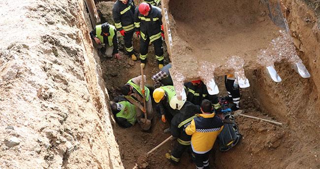 Konya'da göçükte kalan işçi itfaiye ekiplerince kurtarıldı