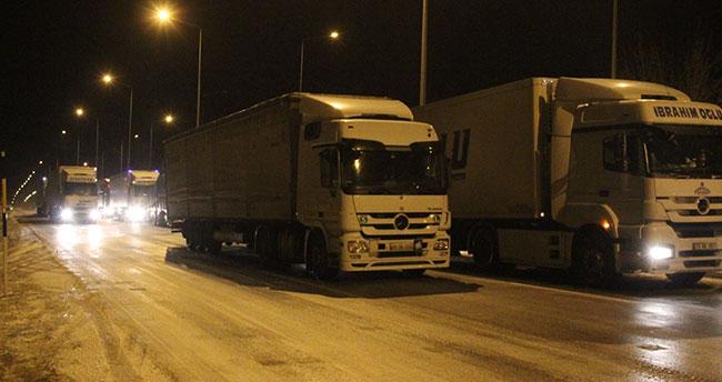 Konya'da bazı yollar kar nedeniyle trafiğe kapatıldı