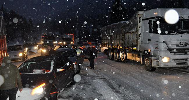 Konya-Antalya karayolu ulaşıma kapandı