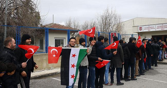 Konya'daki Suriyelilerden harekata katılma başvurusu!
