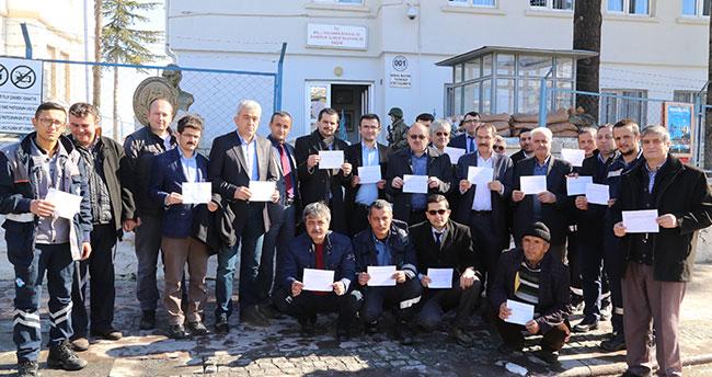 Konya'da belediye başkanından gönüllü askerlik başvurusu