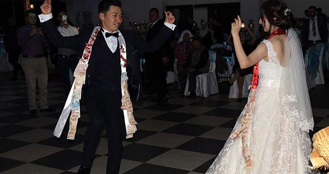 Japon damat 'Mustafa' Türk düğünü ile evlendi