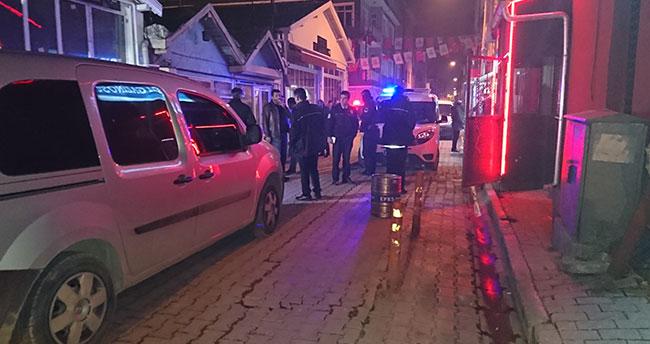 Konya'da eğlence merkezi önünde silahlı kavga: 2 yaralı