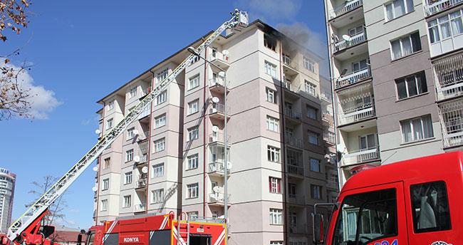 Konya'da evi terk eden eşine kızan kişi evi ateşe verdi