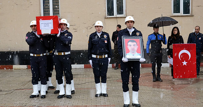 Şehit polis memurunun naaşı Konya'ya gönderildi