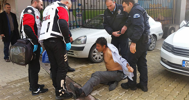 Konya'da alkollü şahıs polis ve 112 ekiplerine zor anlar yaşattı