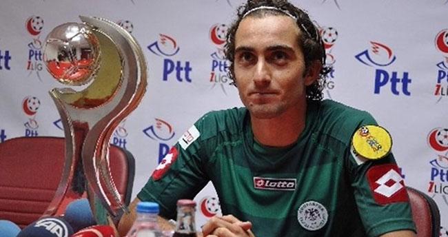 Konyaspor'un genç oyuncusu hayatını kaybetti