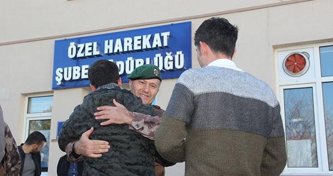 Konya'dan özel harekat polisleri Afrin'e uğurlandı