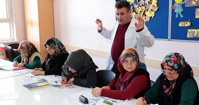 Konyalı kadınların okuma yazma sevinci