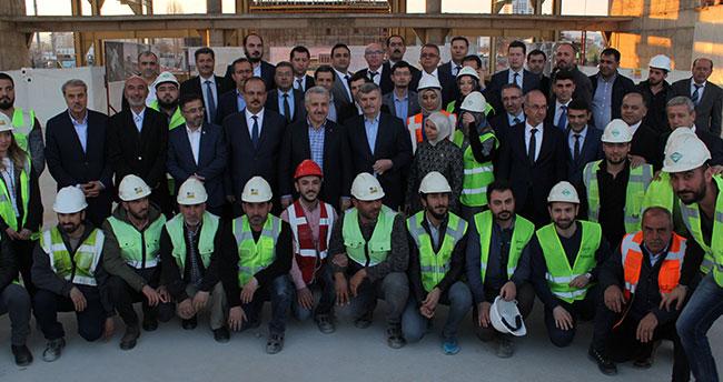 """""""Karaman-Konya arası 40 dakika olacak"""""""