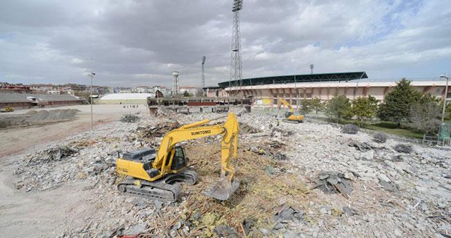 Başkan Akyürek'ten 'eski stadyum' açıklaması