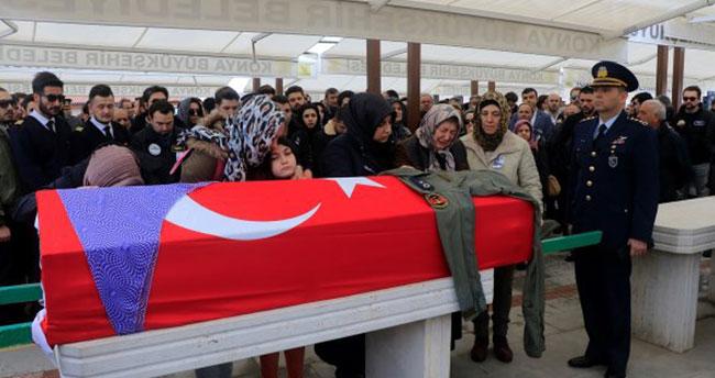 Melike Kuvvet'in itibarı cenazesinde iade edildi
